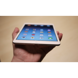 iPad mini 16 GB Wi-Fi + 3G белый
